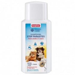 Shampooing stop parasites Béaphar pour chien et chat